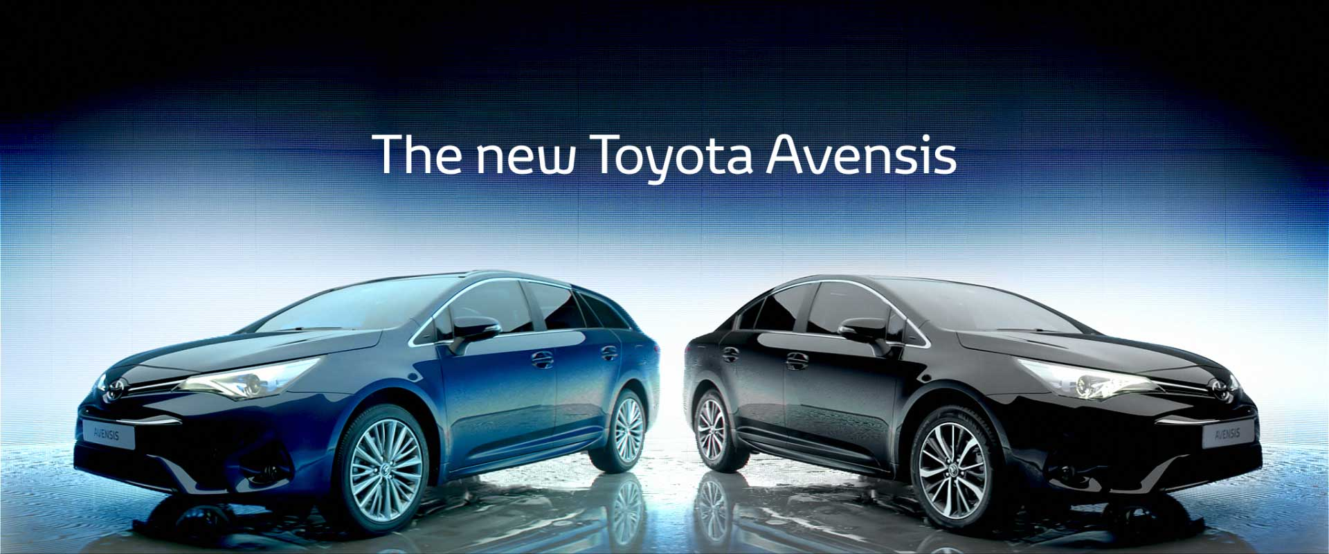 Two cars. Still from Toyota Avensis - Commercial