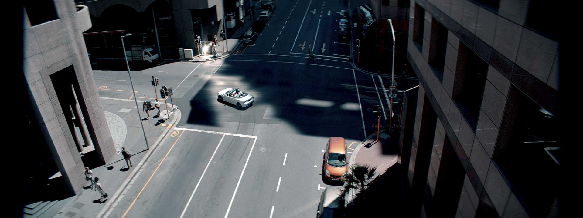 Crossing in a city. Still from Toyota FT-86 open – Commercial