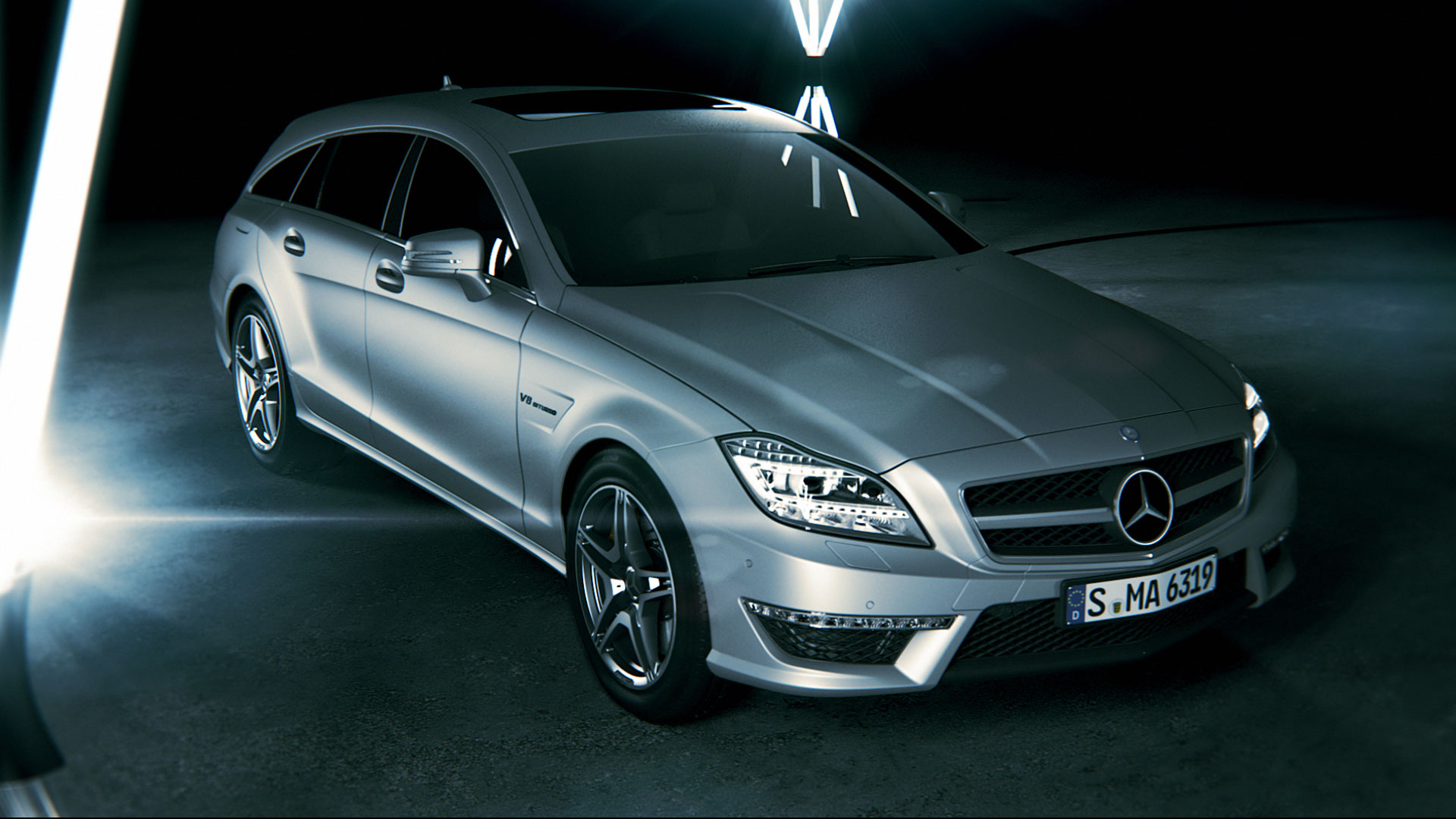 Frontview Mercedes-Benz CLS promotion movie.